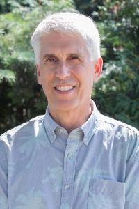 Raymond Lewis Faculty Headshot