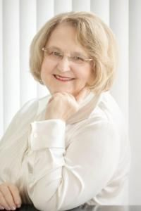 Dr. Jill Paláez Baumgaertner