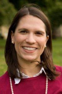 Sarah Hall faculty photo