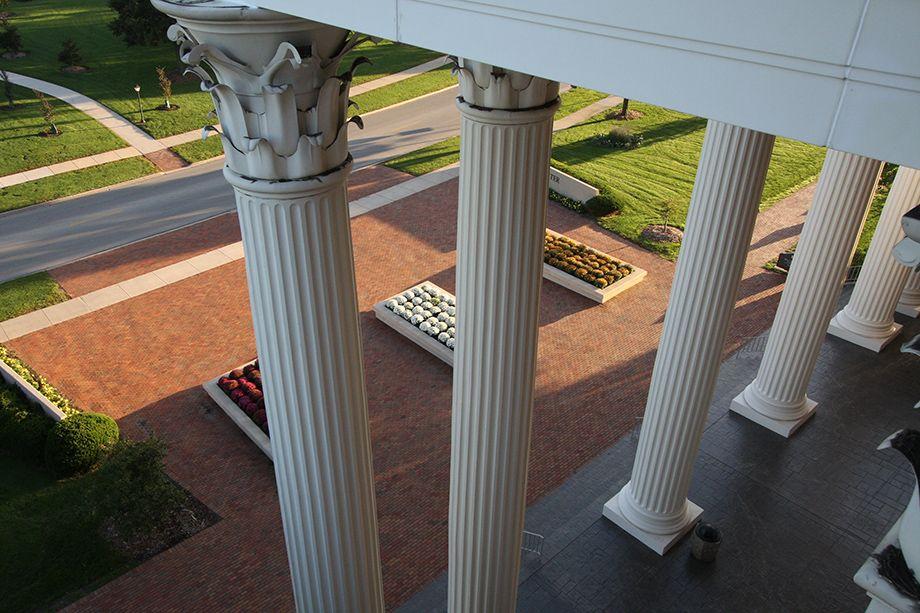 920x613 columns