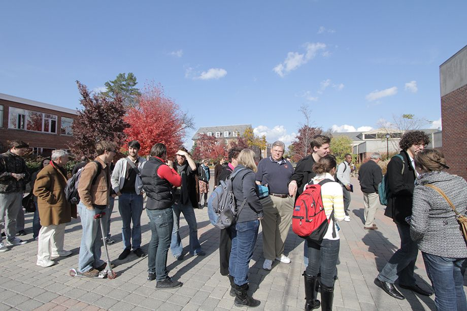 920x613 people in line on soderquist plaza