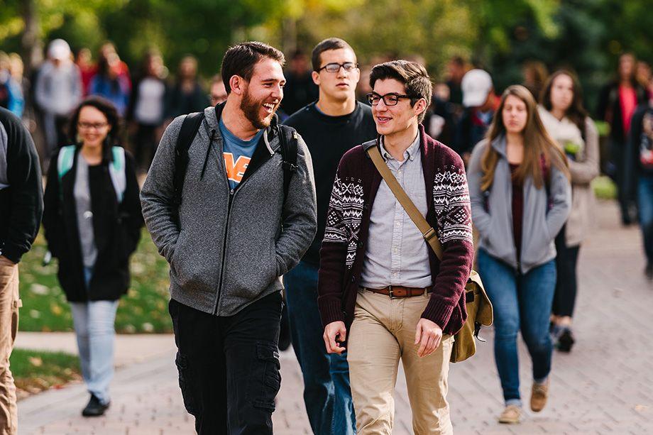 920x613 happy students walking fall