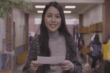 Senior Student Chloe reads letter to herself as freshman