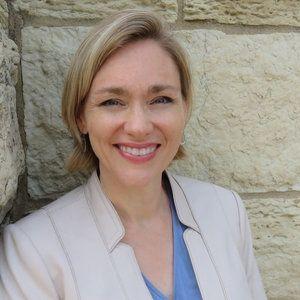Katherine Anderson headshot